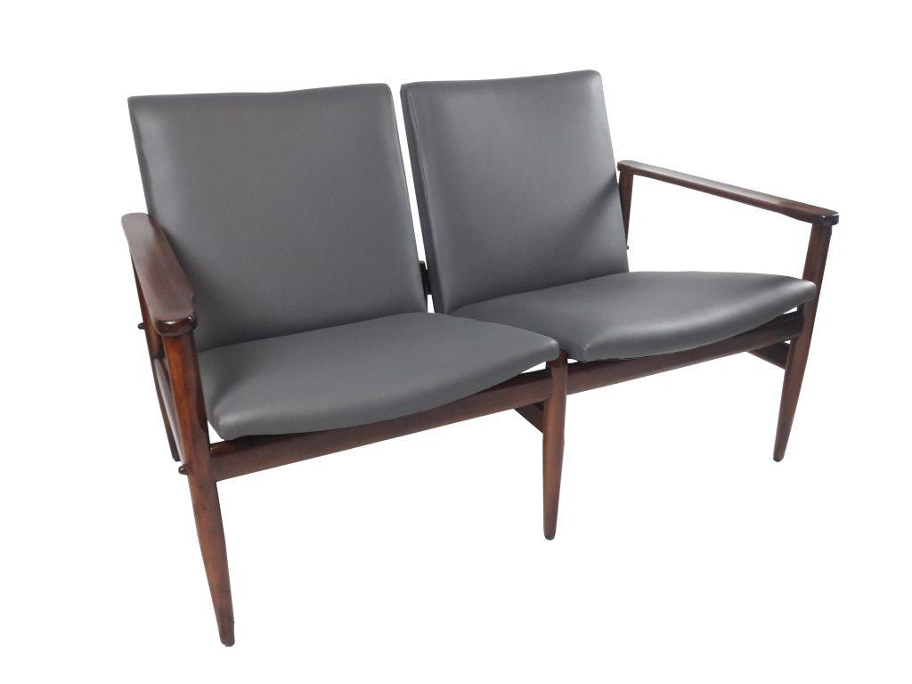 Two-seater sofa scandinavian style – MIVA Design