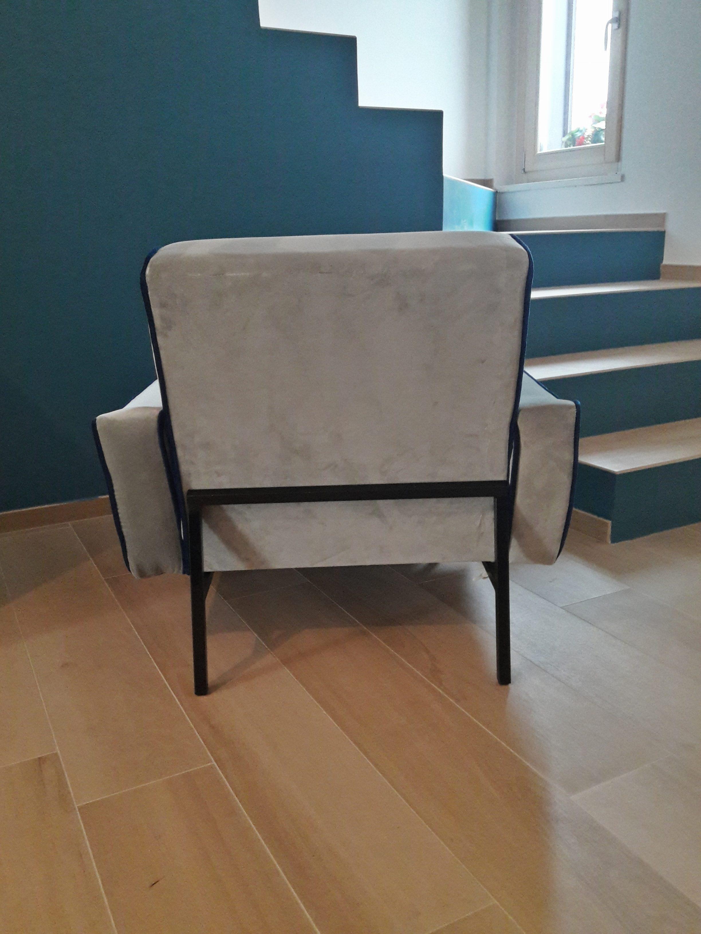 a07-italian-modern-armchair-gigi-radice-style-poltrona
