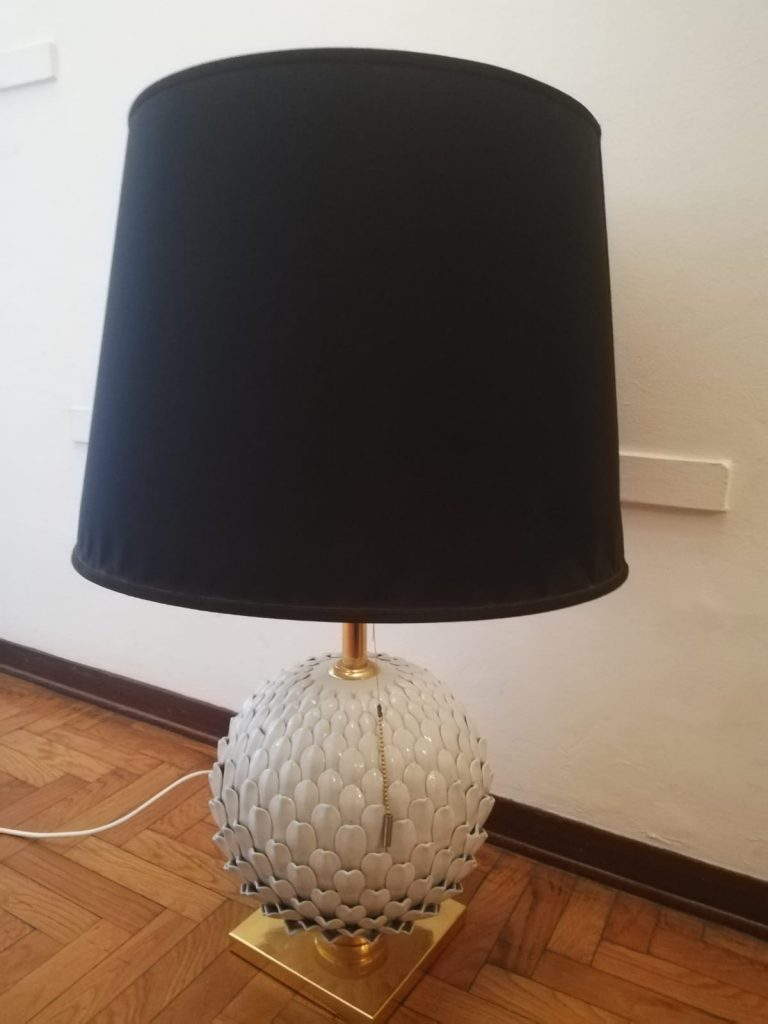 a95-pine-cone-table-lamp-by-mangani-1970s